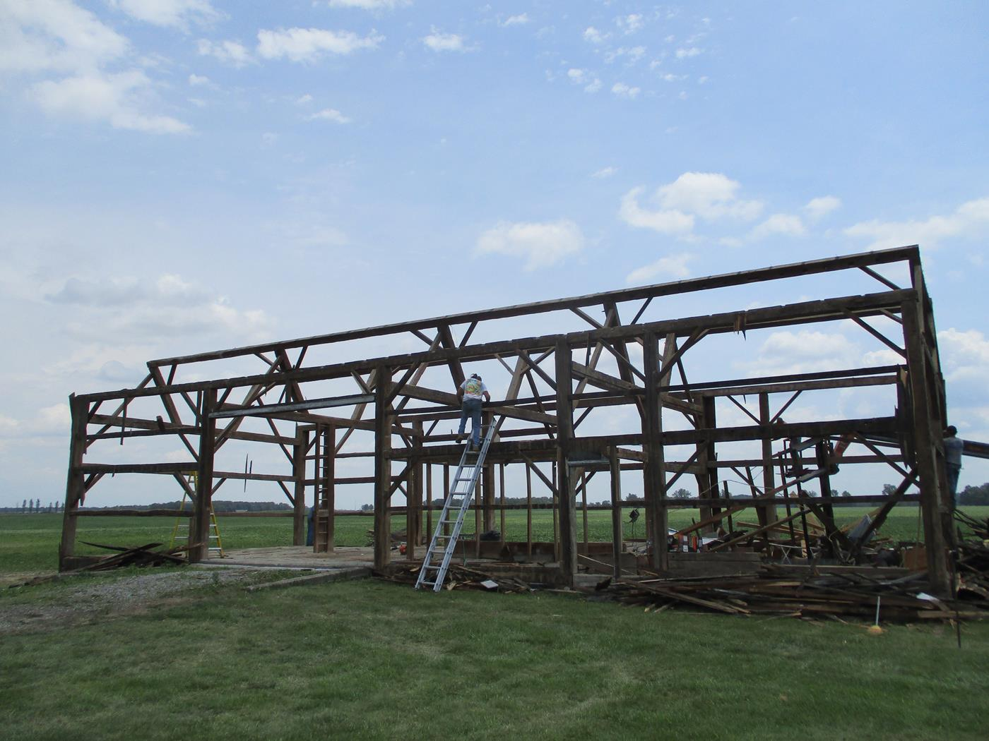 Bloomville Barn Frame Hewn Beams Ohio Valley Barn Salvage 2