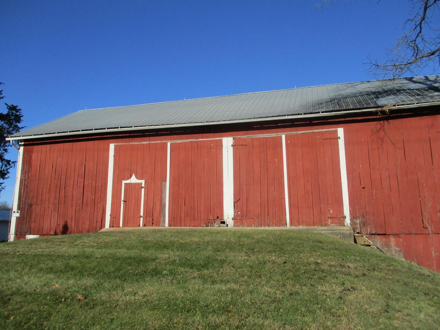 Crimson Road Barn Frame Ohio Valley Barn Salvage 1