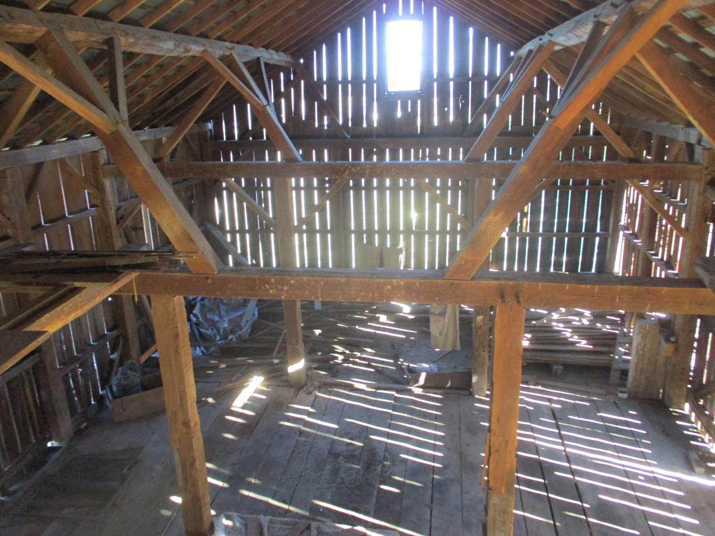 Crimson Road Barn Frame Ohio Valley Barn Salvage 11