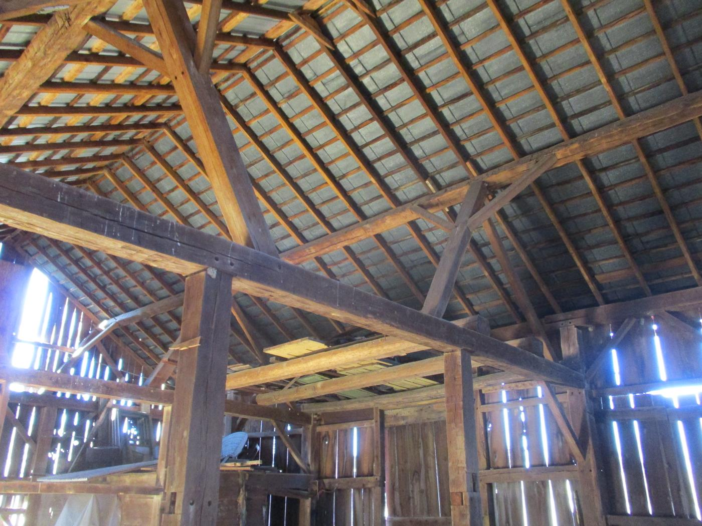 Crimson Road Barn Frame Ohio Valley Barn Salvage 4