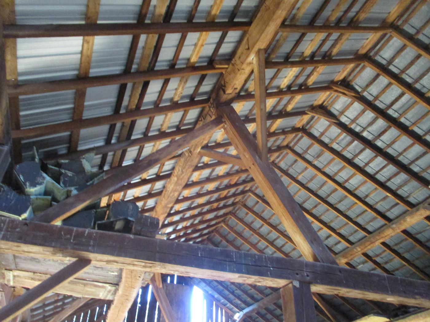 Crimson Road Barn Frame Ohio Valley Barn Salvage 5