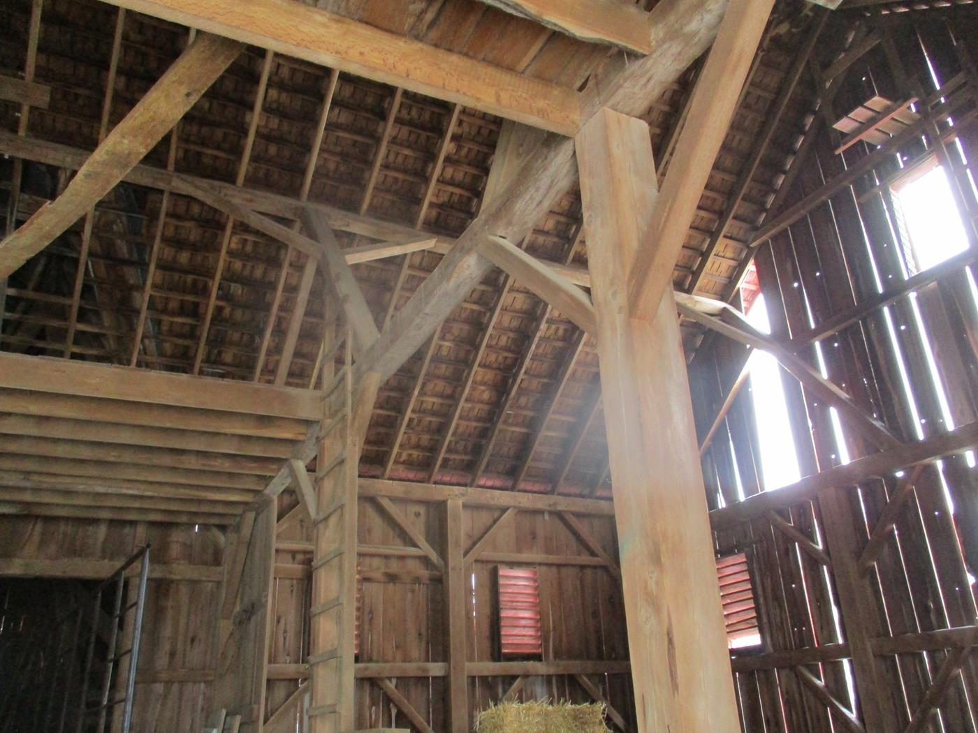Gambier-Barn-Frame-Ohio-Valley-Barn-Salvage-4
