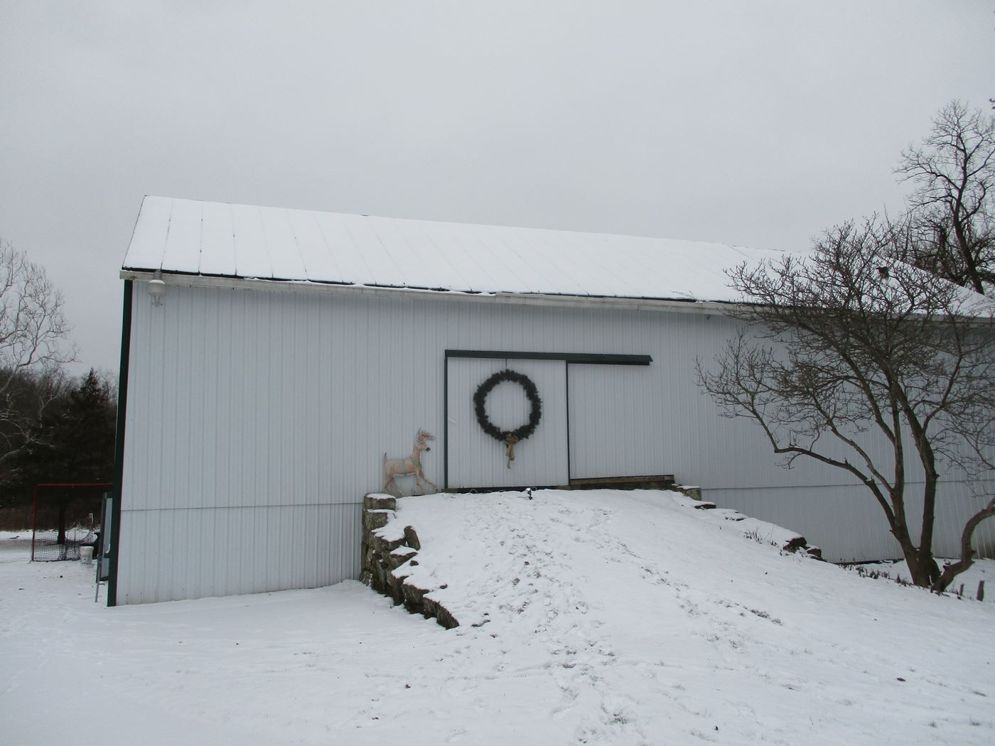 Hughes Barn Frame - Ohio Valley Barn Salvage - Barn Frames For Sale